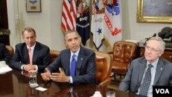აშშ-ს პრეზიდენტი, ბარაკ ობამა (ცენტრში)