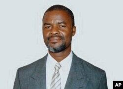 Fernando Nhaca,o professor que é candidato do MDM à presidência da Câmara Municipal de Inhambane