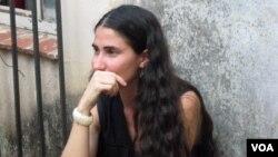 La bloguera Yoani Sánchez había acudido a una estación policial a interesarse por el paradero de otros detenidos.