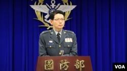 台湾国防部发言人罗绍和少将(美国之音杨明拍摄)