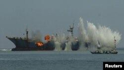 Tàu hải quân Indonesia