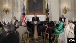 Presiden Barack Obama memberikan pidato saat menjadi tuan rumah berbuka bersama (iftar) bagi tokoh muslim AS di Gedung Putih tahun lalu.