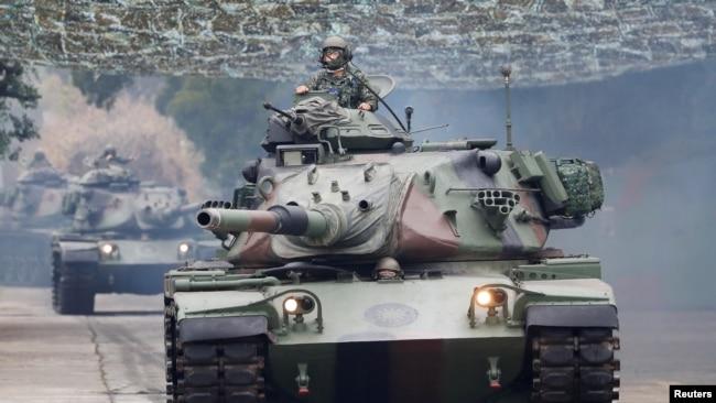 模拟敌人登陆 台湾举行实弹军演