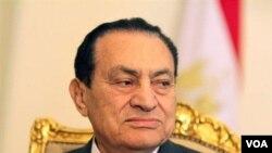 Hosni Mubarak dejó el poder el 11 de febrero, luego de masivas protestas callejeras en su contra.