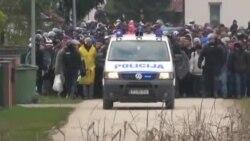 اسلوونی برای مهار سیل پناهجویان درخواست کمک کند