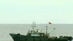 Tàu cá Việt Nam lại bị tấn công ở biển Đông