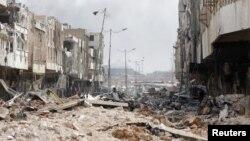 داعش اور عراقی فورسز کے درمیان موصل میں لڑائی کے بعد تباہی کا منظر۔ جولائی 2017