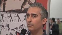 گفتگوی صدای آمریکا با دکتر امیرحسین پاکروان