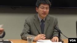 东京大学法学教授高原明生(美国之音 钟辰芳拍摄)