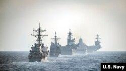 2020年3月15日美利坚远征打击群与罗斯福号航母作战群在南中国海演练(美国海军照片)