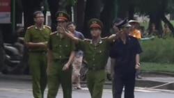 'Lãnh đạo Việt Nam quá quỳ lụy Trung Quốc'
