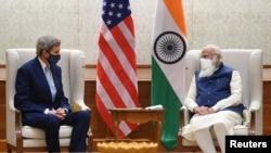 7 Nisan 2021 - John Kerry Hindistan Başbakanı Narendra Modi'yle bir araya geldi.