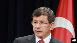 土耳其外長達烏特奧盧。(資料圖片)
