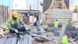 """""""Xalqaro Amnistiya"""": Qatarda ishchilar ekspluatatsiya qilinmoqda"""