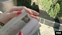中華人民共和國新版護照(視頻截圖)
