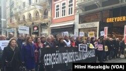 Gazeteciler 10 Ocak Çalışan Gazeteciler Günü'nde protesto yürüyüşü düzenledi