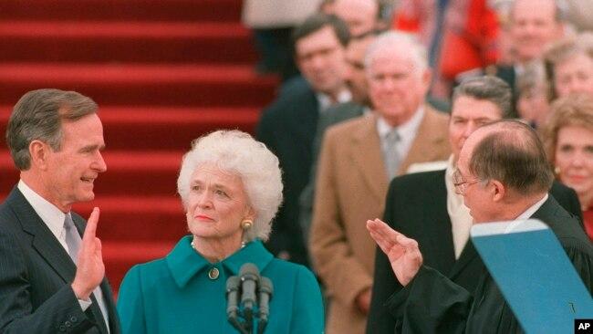 学者称前总统老布什逝世象征一个时代结束