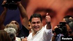 Ông Juan Hernandez, ứng cử viên tổng thống đảng cầm quyền ở Honduras, đang dẫn trước số phiếu bầu