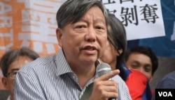 香港支聯會秘書、工黨前立法會議員李卓人。(美國之音湯惠芸)