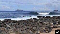 Тихий океан. Галапагосские острова (архивное фото)