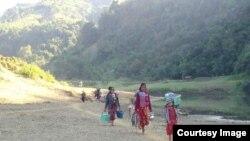 ရခိုင္ စစ္ေရွာင္တခ်ိဳ႕။ (မွတ္တမ္းဓာတ္ပံု - Rakhine Ethnics Congress)