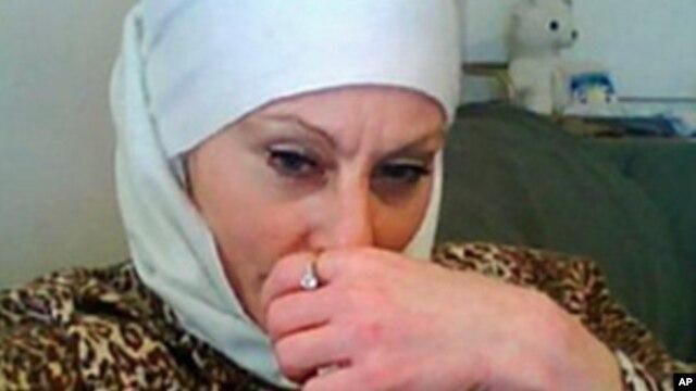 """Colleen R. LaRose dari Philadelphia atau """"Jihad Jane"""" telah divonis 10 tahun penjara oleh pengadilan Amerika hari Senin (6/1)."""