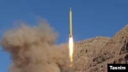 آزمایش موشک بالستیک «قدر» در ایران - اسفند ۱۳۹۴