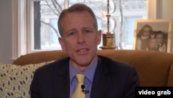 美国之音采访对冲基金经理蒂尔森(美国之音方冰拍摄)