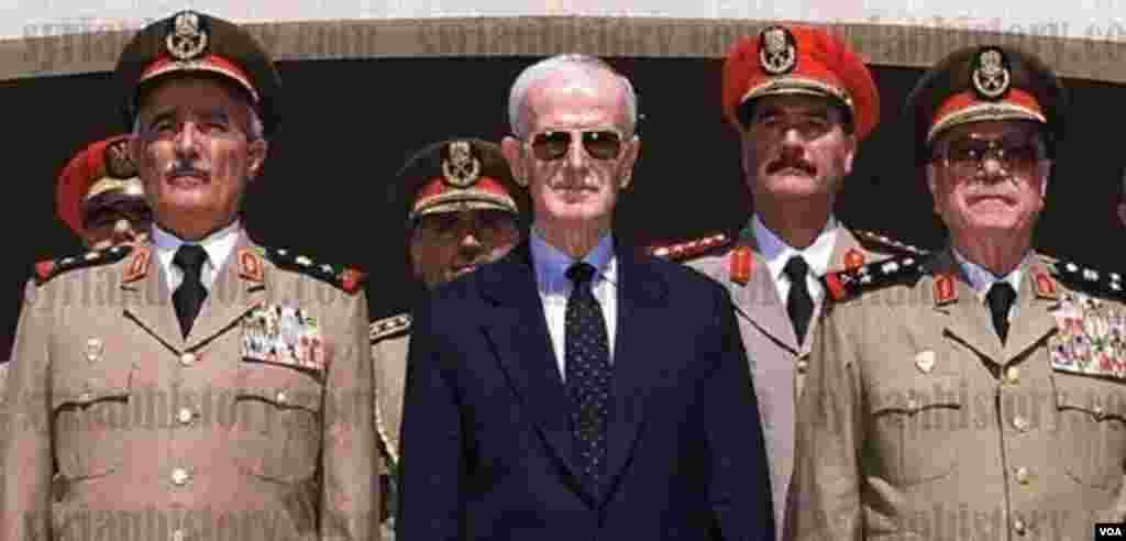Suriyanın keçmiş prezidenti Hafiz Əsəd.