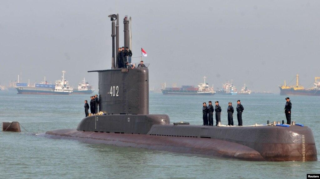 Tàu ngầm KRI Nanggala-402 đến Surabaya, Đông Java, Indonesia, vào ngày 6/2/2012.