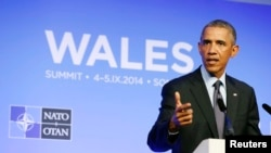 Presiden AS Barack Obama berbicara dalam KTT NATO di Resor Celtic Manor, Newport, Wales (5/9/2014).