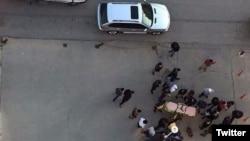 터키에서 피살된 시리아 영화제작자 나지 제르프 씨 총격 현장 사진이 27일 소셜미디어 트위터에 올라왔다.