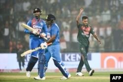 بھارت کو ٹی ٹوئنٹی میچ میں بنگلہ دیش سے شکست ہوئی تھی — فائل فوٹو