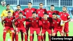 تیم ملی فوتبال افغانستان که در برابر بنگله دیش به میدان رفت.