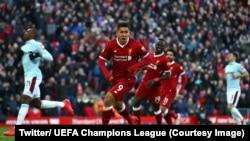 Salah, Firmino et Mané jubilent en course après la victoire 4-1 de leur équipe, le Liverpool, contre West Ham en Premier League, 24 février 2018. (Twitter/ UEFA Champions League )