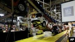El gobierno estadounidense compró millones de dólares en acciones de GM para evitar la quiebra de la compañía.