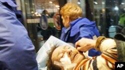 모스크바 국제 공항 테러 후 희생자와 긴급 의료팀