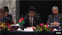 ارشاد احمدی، معیین سیاسی وزارت خارجۀ افغانستان در جریان سخنرانی در این نشست.