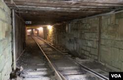 贝克利矿坑综合展区地下矿坑入口