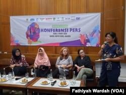 Konferensi pers Hari Perempuan Internasional 2020 di Jakarta, Rabu, 4 Maret 2020. (Foto: Fathiyah Wardah/VOA)