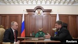 Президент России Владимир Путин и глава Чечни Рамзан Кадыров в Кремле. Архивное фото.