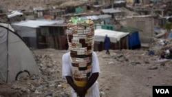 El informe de Refugiados pide se patrullen las calles de Haití y se proteja a los desplazados.