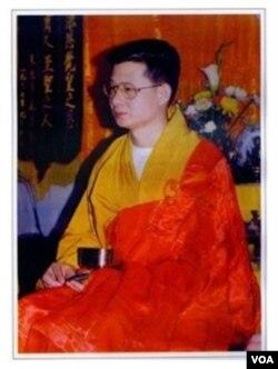 """宗教组织""""华藏宗门""""创始人吴泽恒(网络图片)"""