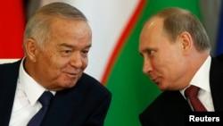 Islom Karimov (chapda) va Vladimir Putin, 15-aprel, 2013-yil