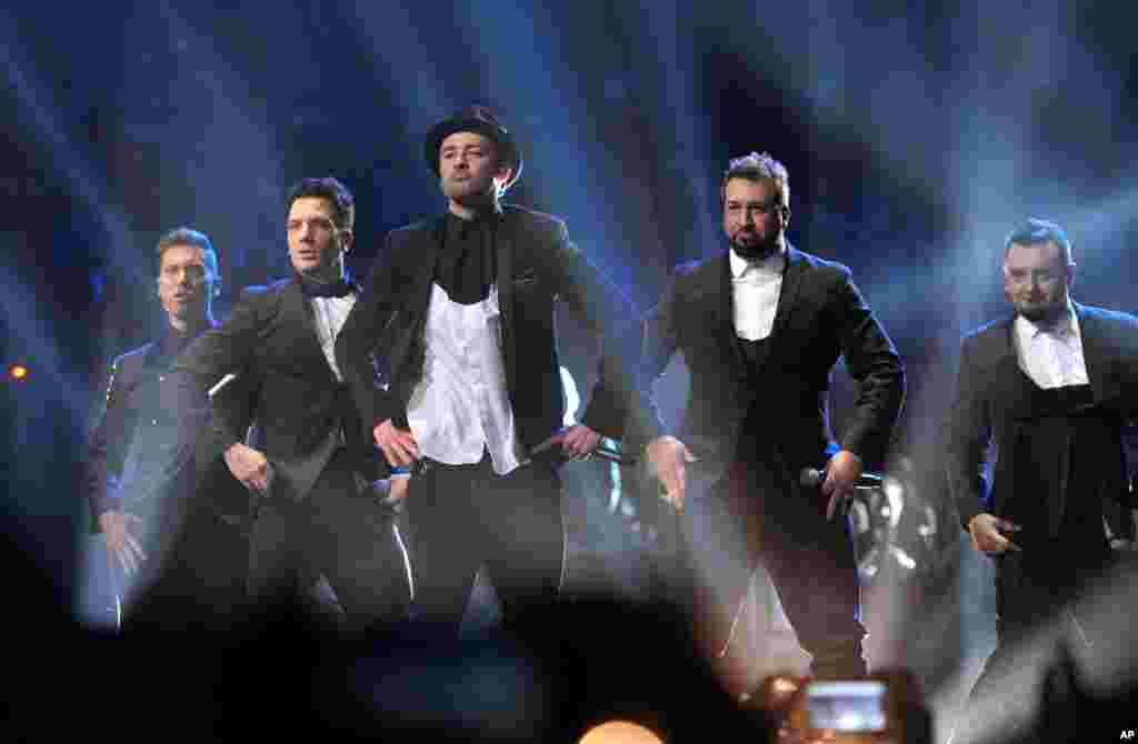 From left, Lance Bass, JC Chasez, Justin Timberlake, Joey Fatone and Chris Kirkpatrick, of 'N Sync, at the MTV Video Music Awards at Barclays Center in the Brooklyn borough of New York, Aug. 25, 2013.