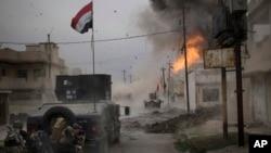 16일 이라크 모술 탈환작전에 참가한 특수부대 장갑차 주변에서 차량폭탄 테러가 발생했다.