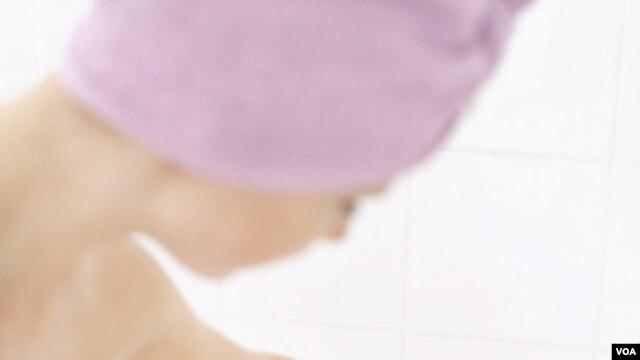 ¿Cree usted que puede reducir dos minutos de su ducha de agua caliente, por el planeta?