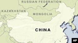 چین میں امدادی کارکن کان میں داخل ہو گئے