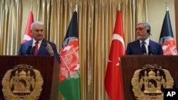 Turkiya Bosh vaziri Binali Yildirim va Afg'oniston Bosh ijrochisi Abdulla Abdulla