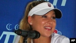 Tennis star Anna Kournikova at WTT press conference